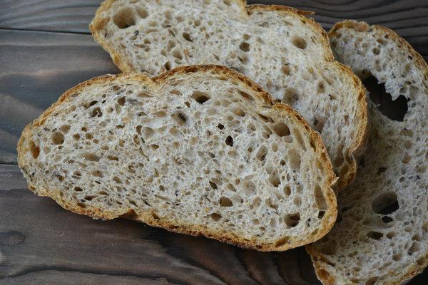 Хлеб  с семенами льна и кунжута